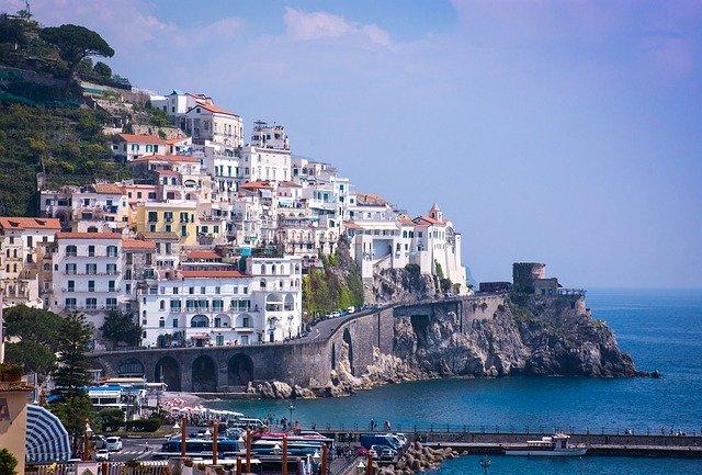 ローマから2泊3日でカプリ島・ソレント・ポジーターノ・ナポリを回る欲張りの旅!アマルフィ