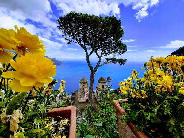 ローマから2泊3日でカプリ島・ソレント・ポジーターノ・ナポリを回る欲張りの旅!ラヴェッロ ヴィラ・ルフォロからの景色